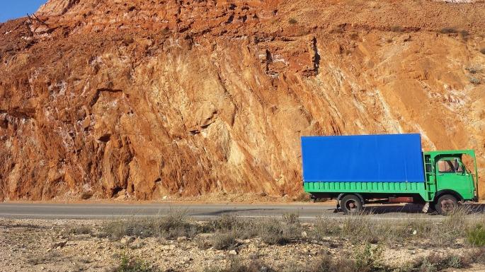 truck-2249520_1280